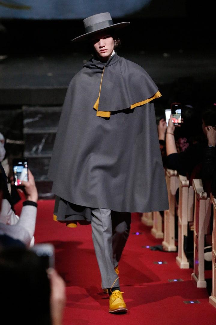 OTEYZA: la estética vanguardista del nuevo traje masculino